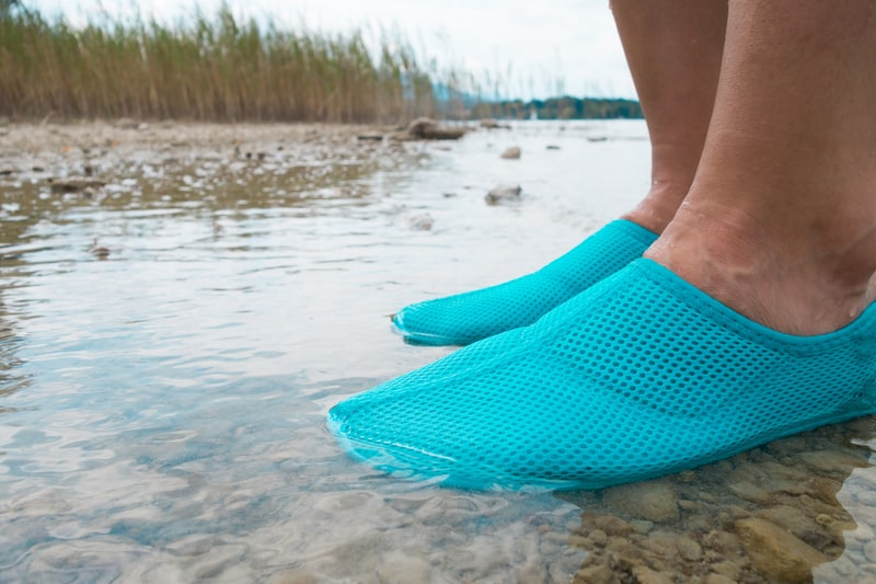 water shoes grip